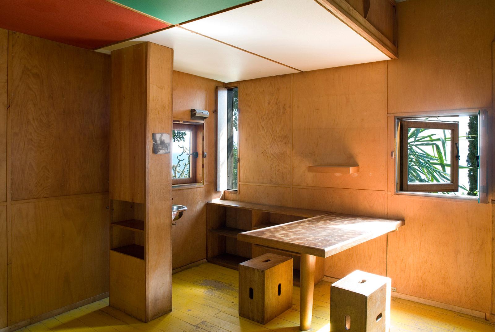 Existenz Minimum? Existenz Maximum! - promo_legno - Cabanon Le Corbusier